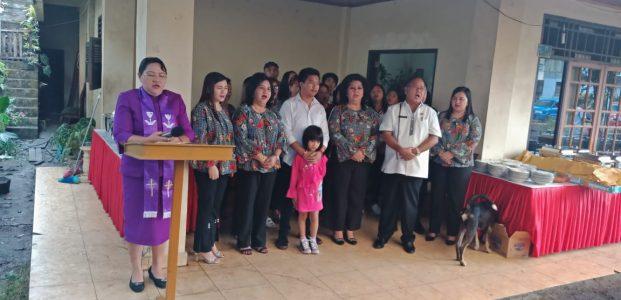 Wabup Ibadah Syukur Bersama Keluarga Warouw-Senduk