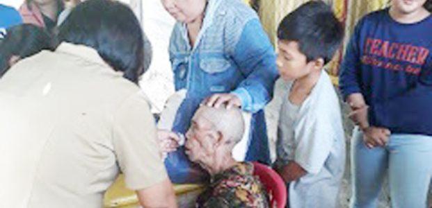 Opa Umur 80 Tahun Terjatuh di Selokan, Ditemukan Masih Hidup