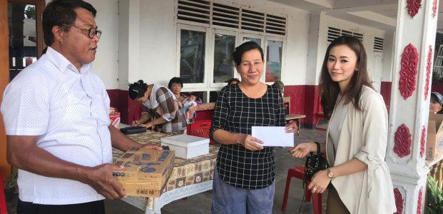 Joune Ganda dan Istri Sambangi Korban Kebakaran PA Nazareth Tomohon