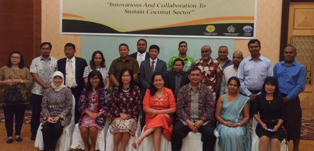 13 Negara Bahas Kelangsungan Produk Kelapa di Manado